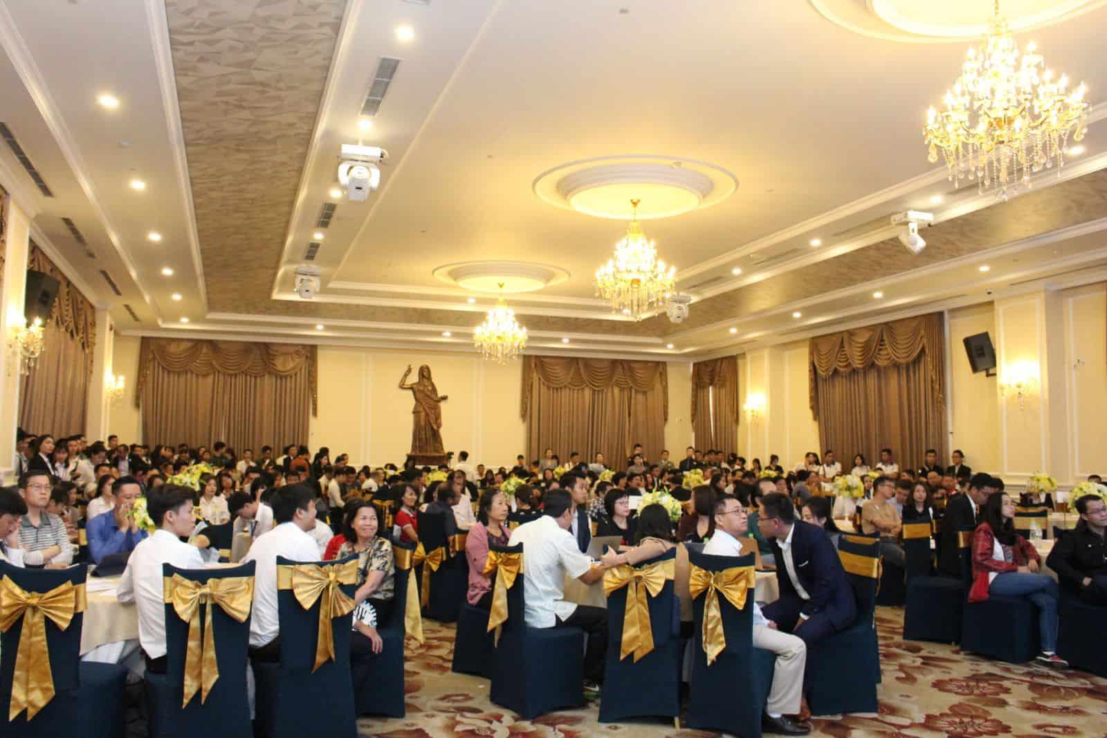 """Tưng bừng sự kiện bán hàng dự án Sunshine City Sài Gòn, chinh phục những khách hàng """"khó tính"""""""
