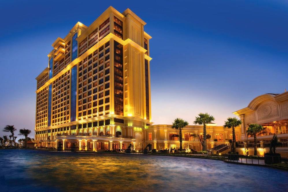 Khách sạn chuẩn 5 sao The grand Ho Tram Strip